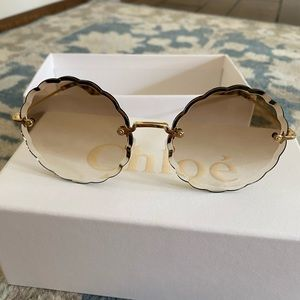 Chloe Accessories - Chloe Rosie Petite Flower Sunglasses